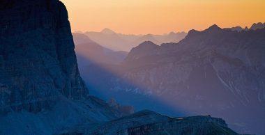 Dolomieten in eerste zonlicht; Dolomites in first sunlight
