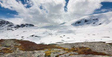 PP016_Schneebedeckte_Berge_Bofan_panorama_990